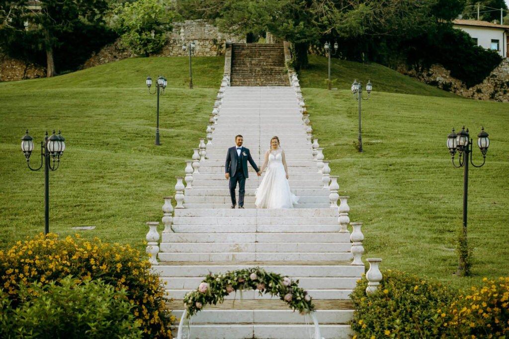 tuscany wedding photographer wedding couple at their ceremony